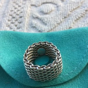 TIFFANY & CO.  SOMERSET MESH RING  {SIZE 5}
